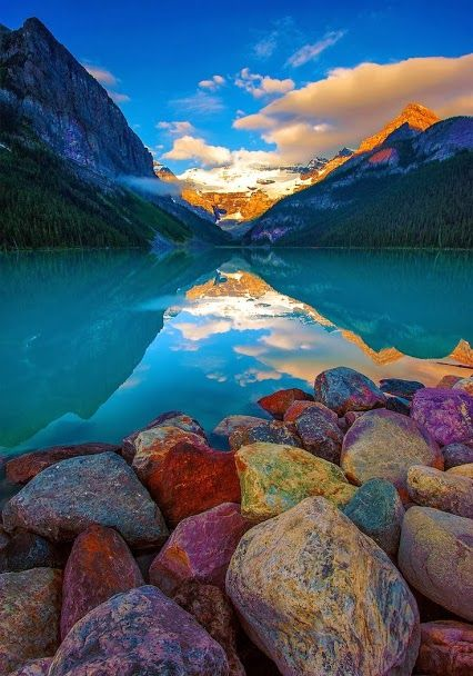 Amazing photography…THE BEAUTY OF ANY SUNSET…MORE COLOR …MORE MAGNIFICENT…