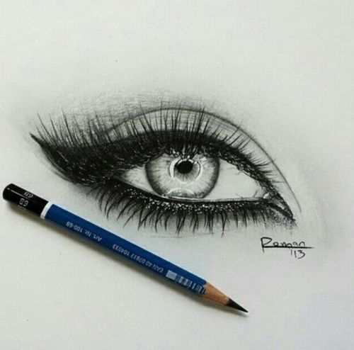 that pencil on the bottom of the eye is driving me nuts! but LLLOOVVEE the eye s…