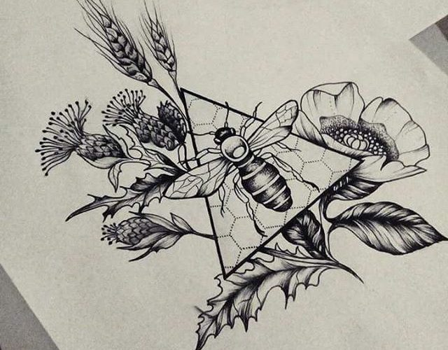 I want this but maybe the triangle in the shape of a hexagon and the flowers aro…
