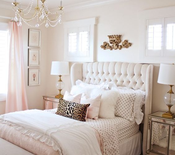 Bedroom inspiration for teenage girls. Get inspired and find new ideas for triba…