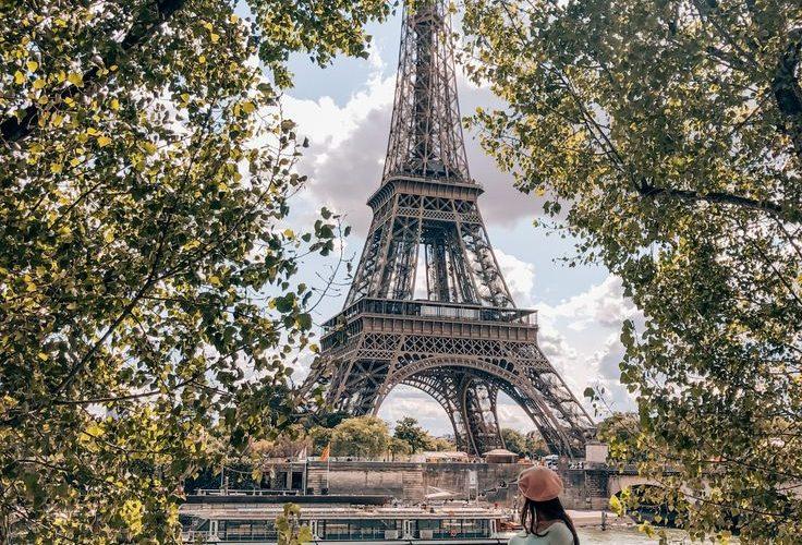 12 Best Photo Spots in Paris For Epic Instagram Shots – Quais de Seine