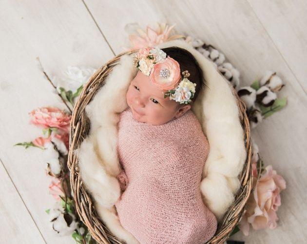 Kensley's Newborn Picture Ideas