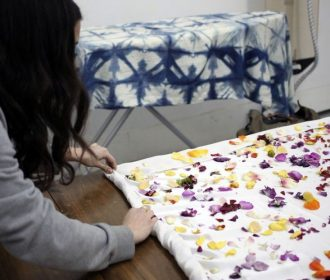 Natural Dyeing with Flowers in the studio with NYC textile designer Cara Marie P…