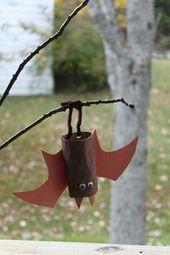 TP bats. Fun artistic activity with the grandchildren! #hallowe / #Activity #art…