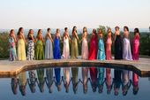 13 Prom Poses We All Did With Our Friends, Because No Photo Shoot Was Complete W…